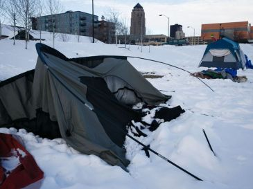 636537940106409494-20180209-06-homeless-bp